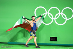 Iran lifter wins Rio gold with world record