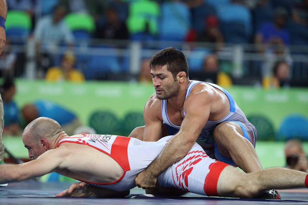 Medal hopefuls defeated in Greco-Roman