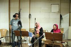 احسان کرمی برای اولین کنسرتش تمرین کرد/ زنده کردن خاطرات دور