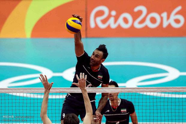 عادل غلامی در دیدار تیم های والیبال ایران و روسیه در المپیک2016 ریو