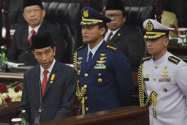 Endonezya'da Widodo seçimi kazandı