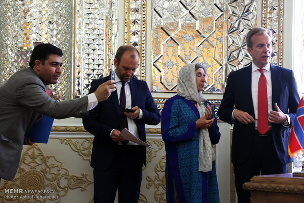Zarif receives Norwegian counterpart in Tehran