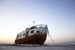 Urmiye Gölü'nün kuruması denizcileri perişan etti