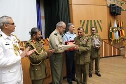 مراسم دانش آموختگی ۲۷۲ تن از دانشجویان دانشگاه دافوس برگزار شد