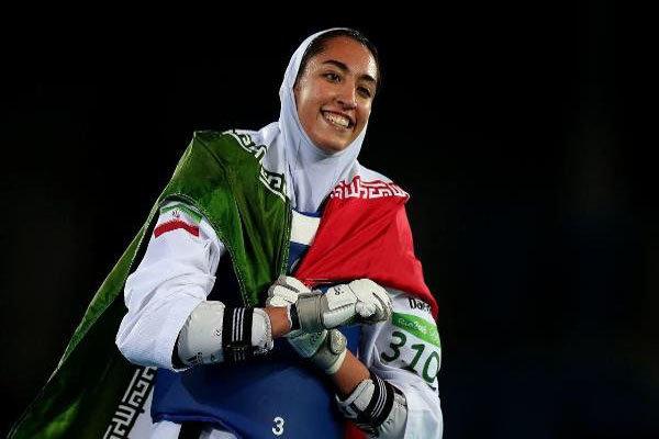 """الرياضية """"كيميا عليزاده"""" ستحمل العلم الايراني في الالعاب الاسيوية 2018 بأندونيسيا"""