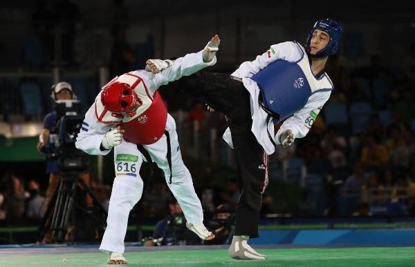 Iranian taekwondoka bitterly misses Olympic medals