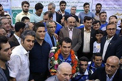 المنتخب الوطني لرفع الاثقال يصل إلى طهران