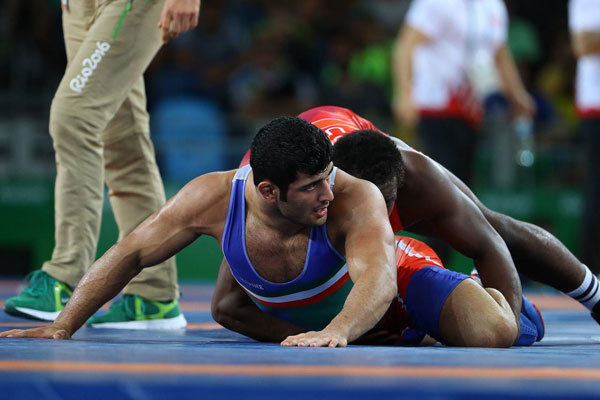 Freestyle wrestling: Karimi fails to reach to semifinals