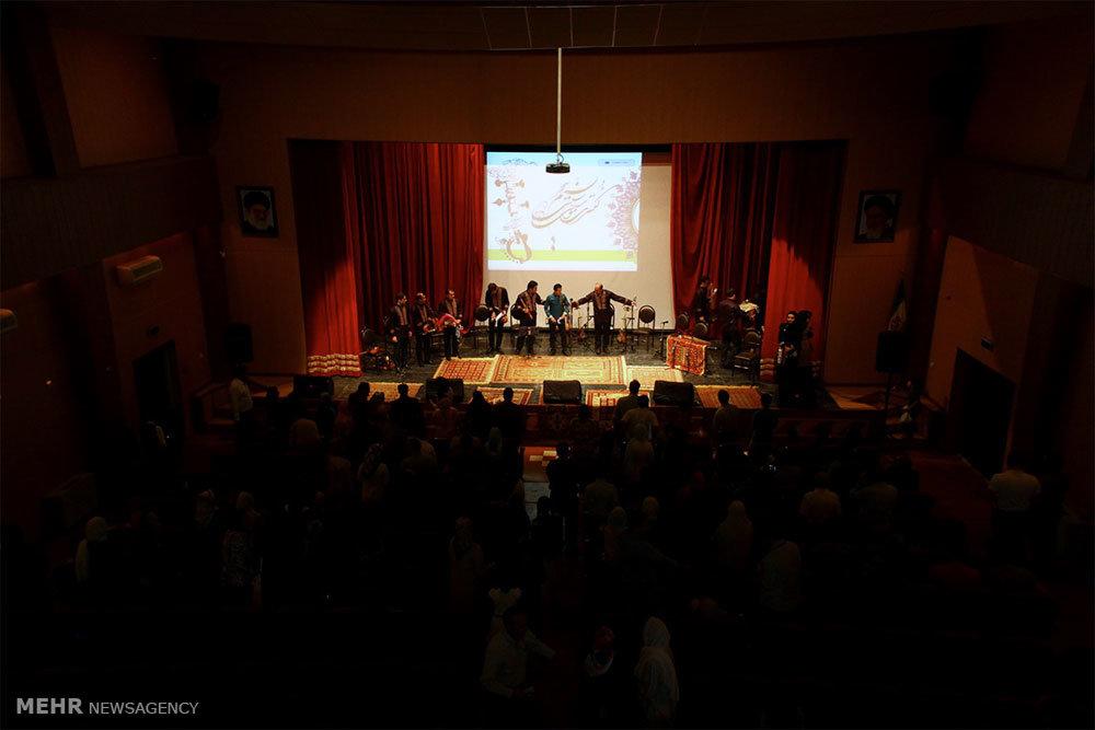 کنسرت موسیقی سنتی گروه آوا