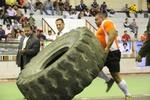 مسابقات قویترین مردان ایران در کرمانشاه آغاز شد