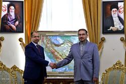دیدار رییس پارلمان عراق با دبیرشورای عالی