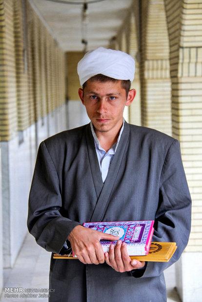 طلاب اهل سنت مدرسه علوم دینی ربانیه چنارلی استان گلستان