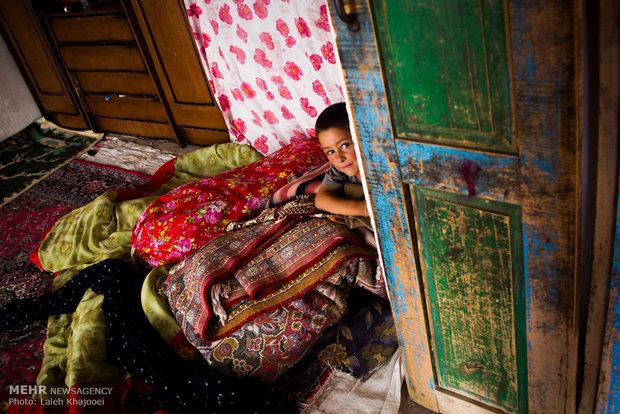 "title:""فقر به توان امید, زندگی در روستاهای محروم اطراف مشکین شهر(تصویر) - http://anamnews.com/"" alt:""تصویری از محرومیت و امید-http://anamnews.com/"""