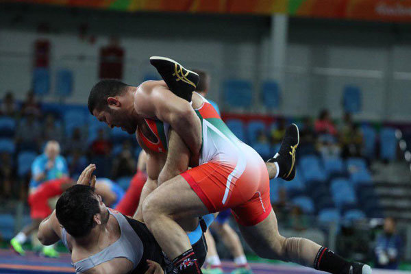 Iran's freestylers hopeful for a bronze in last minutes