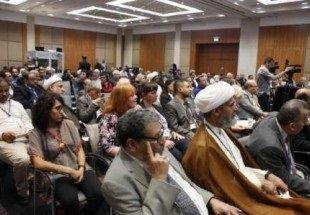 عربستان درپی مصادره اسلام است