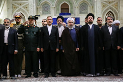 Cabinet members pay tribute to Imam Khomeini