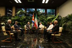 دیدار محمد جواد ظریف وزیر امور خارجه با رائول کاسترو رئیس جمهور کوبا