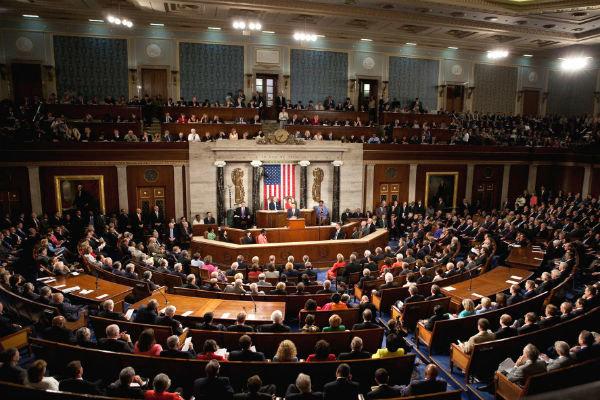 مجلس النواب الأميركي يوافق على تمديد قانون العقوبات على إيران