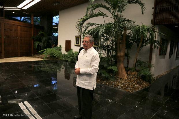 Zarif, Castro meet in Havana