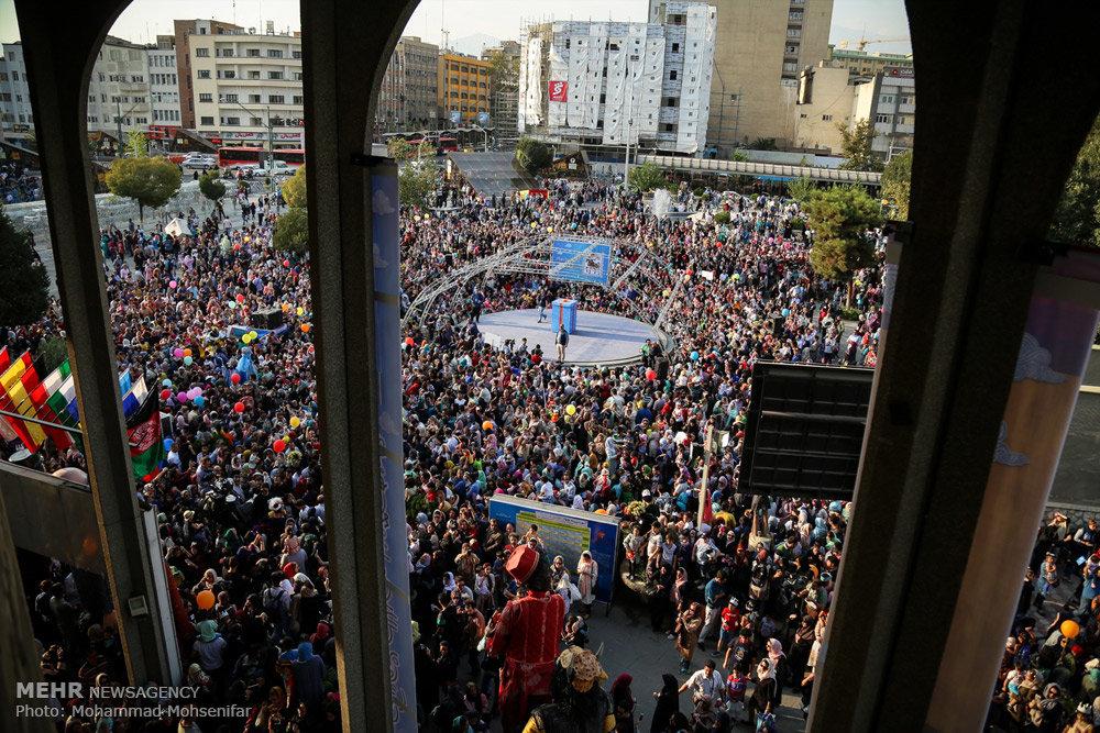 افتتاح شانزدهمین جشنواره بین المللی عروسکی تهران