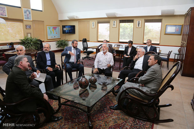 Zarif meets with Nicaraguan counterpart