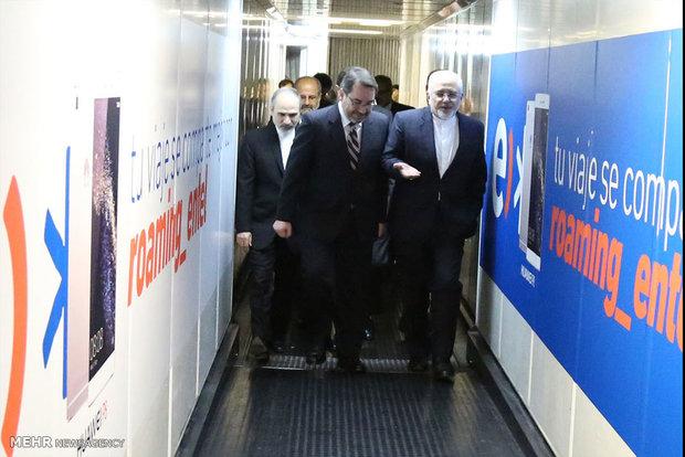 Zarif, entourage arrive in Chile's Santiago airport