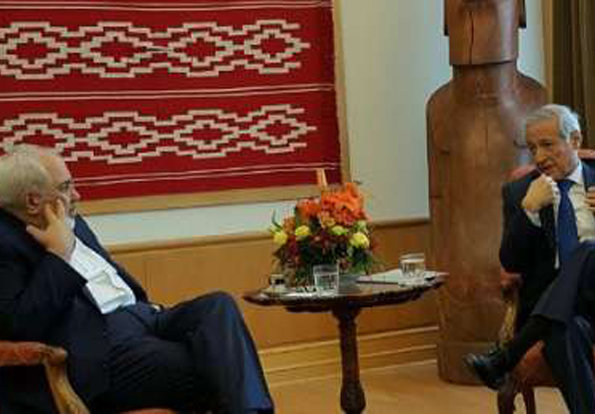 Zarif meets his Chilean counterpart