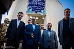 وزیر علوم از اساتید حادثه دیده دانشگاه شریف عیادت کرد