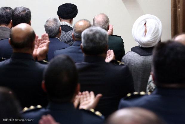 استقبال قائد الثورة لقادة مقر خاتم الأنبياء للدفاع الجوي