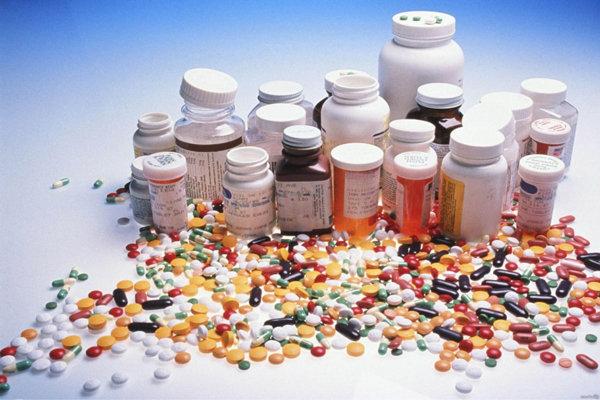 ۲۱  مورد اقلام پزشکی و داروی غیرمجاز در خرمشهر کشف  شد