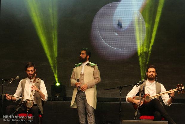 """حفلة موسيقية للفنان الايراني """"علي زند وكيلي"""""""