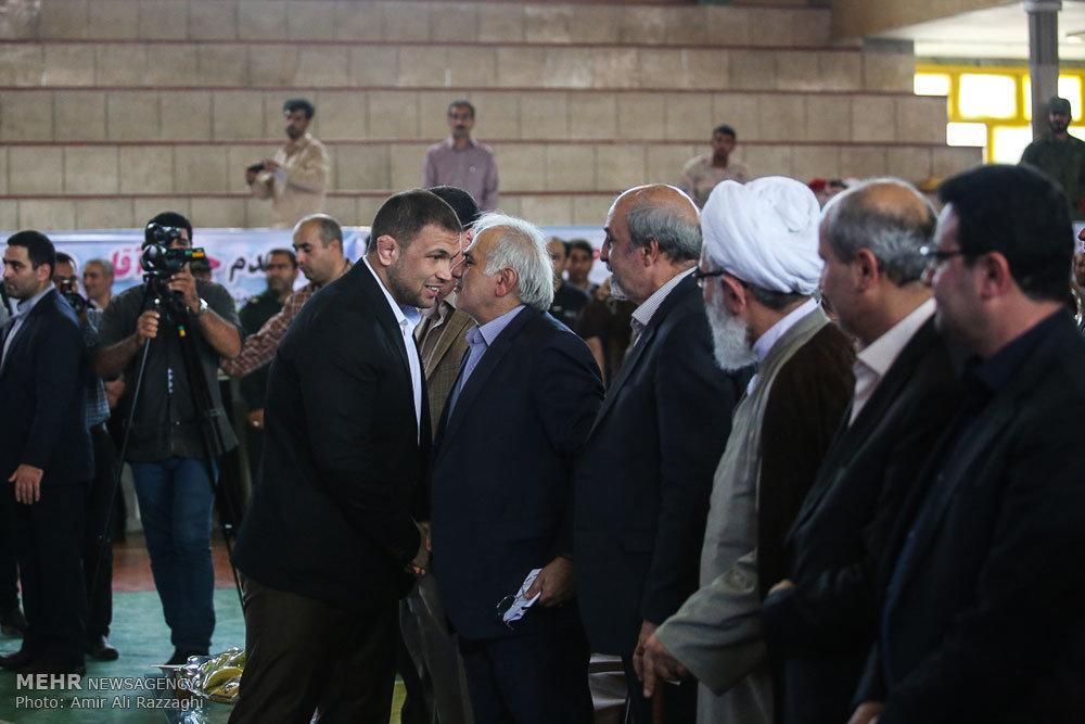 سفر وزیر ورزش و جوانان به جویبار پایتخت کشتی ایران
