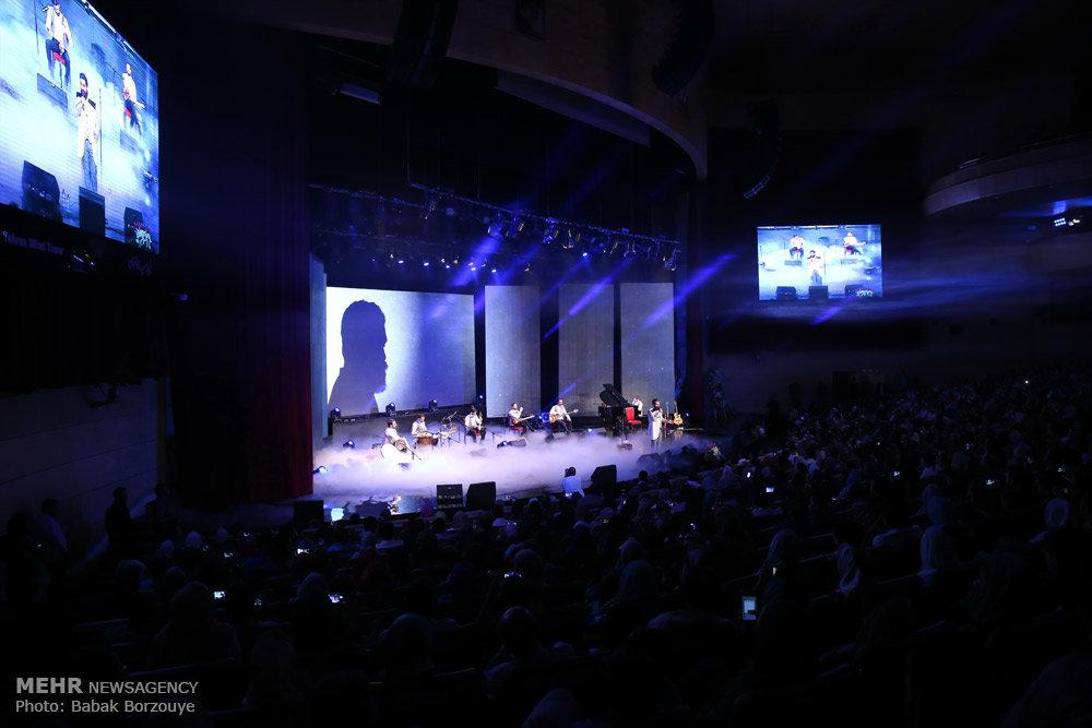 کنسرت موسیقی علی زندوکیلی