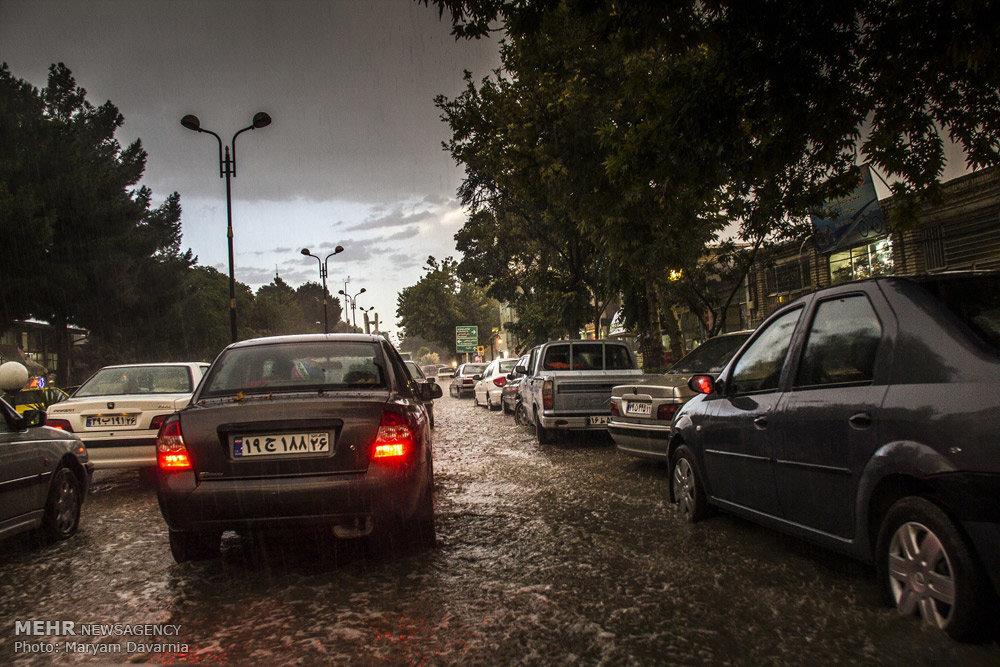 بارش باران و آبگرفتگی معابر بجنورد