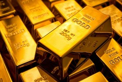سقوط قیمت طلا به کمترین نرخ ۴ ماه گذشته