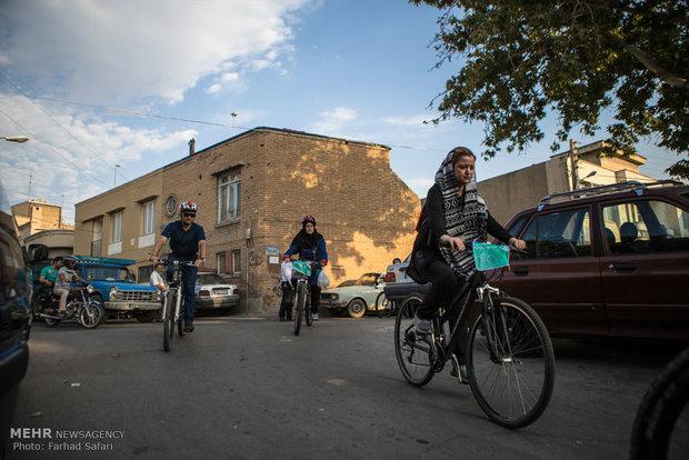 مهرجان ركوب الدرجات الهوائية في قزوين