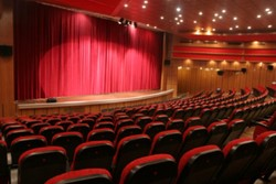 اجرای طرح مطالعاتی ساخت ۱۰۰ سینما در ۱۰۰ شهرستان محروم