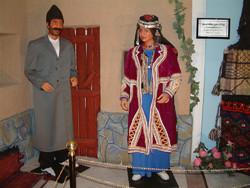 زیبایی های یک پوشش اصیل/ تبلور فرهنگ ایرانی در لباس محلی کرمانشاه