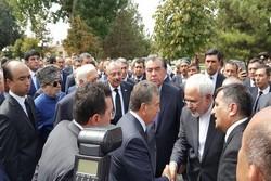 """تشييع جثمان الرئيس الأوزبكستاني """" اسلام كريموف"""" بمشاركة وزير الخارجية الايراني"""
