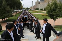 ازبکستان کے صدر کو سپردخاک کردیا گيا