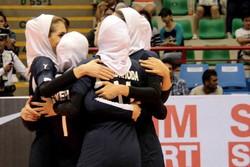 VIDEO: Iranian women v-ballers jump for joy after beating N. Korea