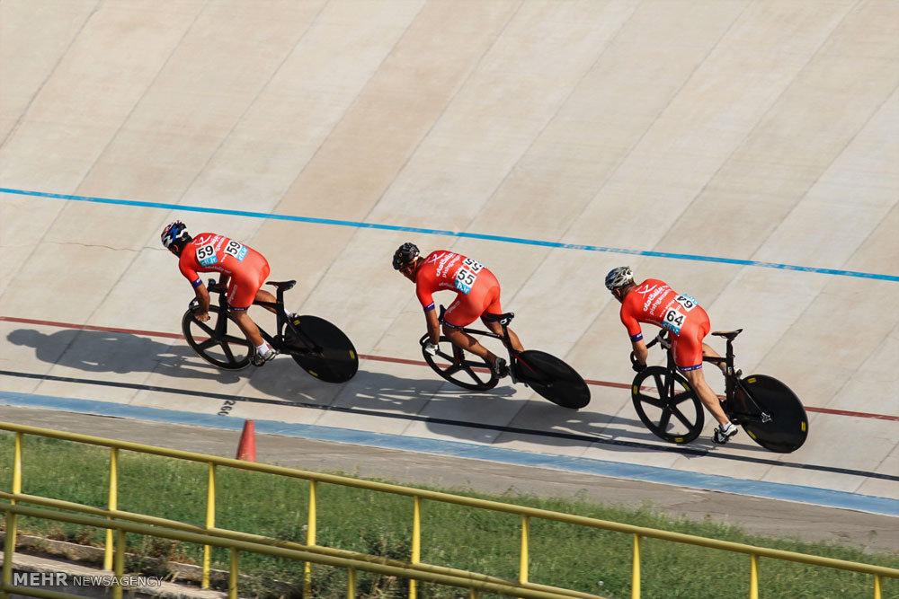نخستین روز لیگ برتر دوچرخه سواری پیست