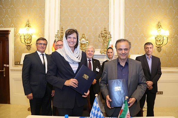 Kerman, Bavaria ink 2 MoUs