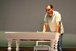 نمایشی که اصغر همت در آن ۸ نقش دارد/ «پرتره مرد ریخته» در سنگلج