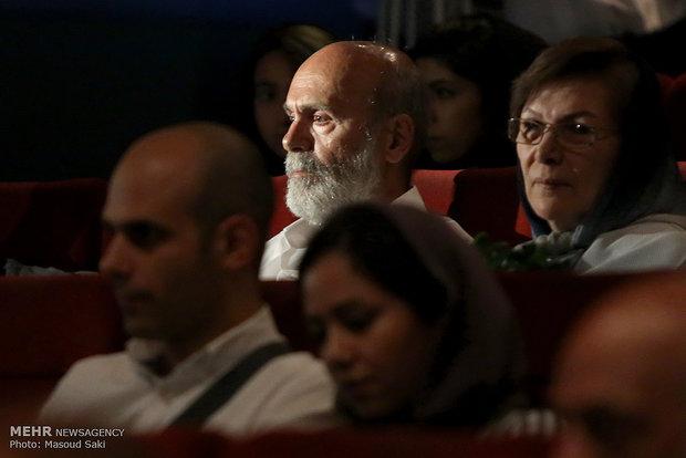 حضور جمشید هاشم پور در آیین رونمایی از آثار پوران درخشنده