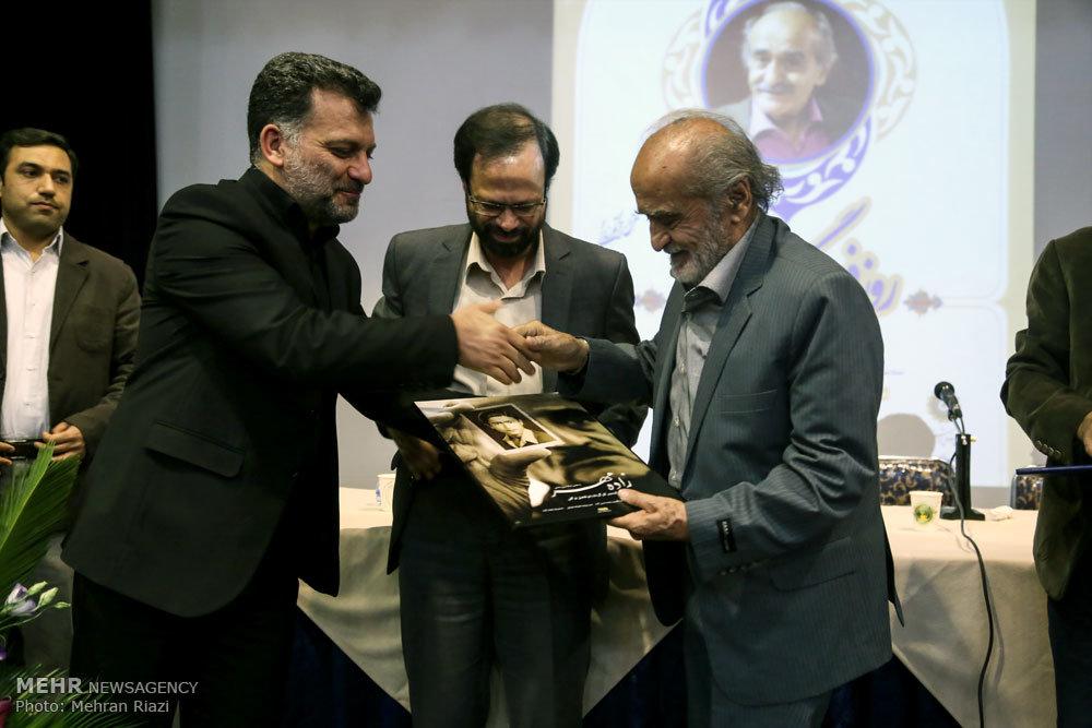 مراسم رونمایی از مستند زاده مهر و تجلیل از ایرج رضایی