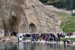آثار باستانی و طبیعت بکر گردشگران نوروز را جذب کرمانشاه می کند