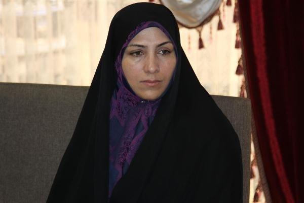 ناهید تاج الدین نماینده مردم اصفهان و عضو کمیسیون اجتماعی مجلس شورای اسلامی