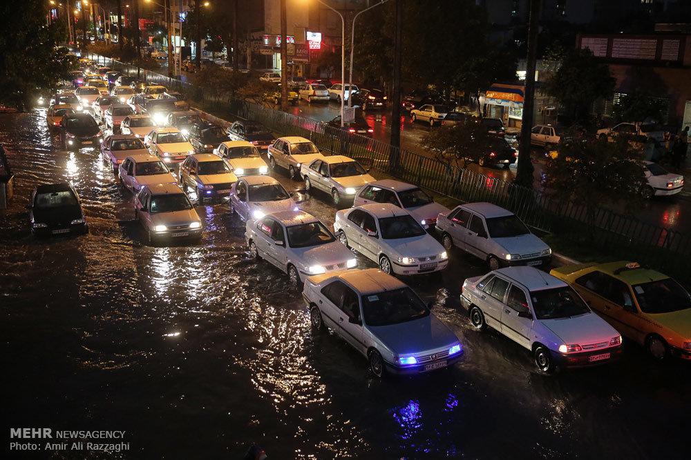 باران شدید و آبگرفتگی معابر در استان مازندران