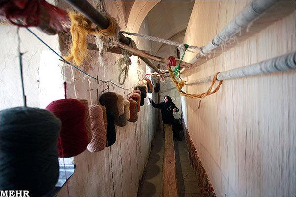 بافت ۳۹۵۲ تخته قالی به ارزش ۱۶۲ میلیارد ریال توسط مددجویان استان